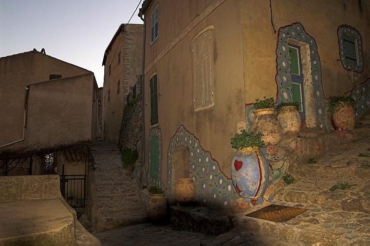 Back street of Speloncato