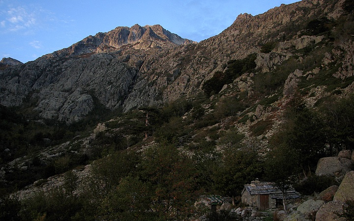 Monte Renoso above Bergeries de Tragette